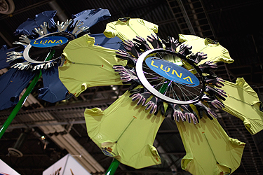 Custom T-Shirt Flower Wheel Decor piece for the Luna Trade Show Booth